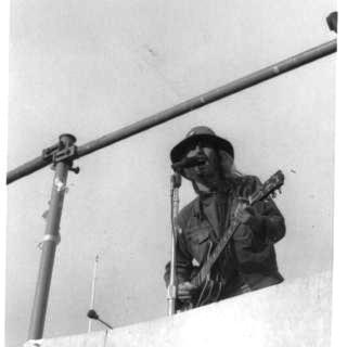 BERKLEY ANTI WAR RALLY WIT COUNTRY JOE AND THE FISH